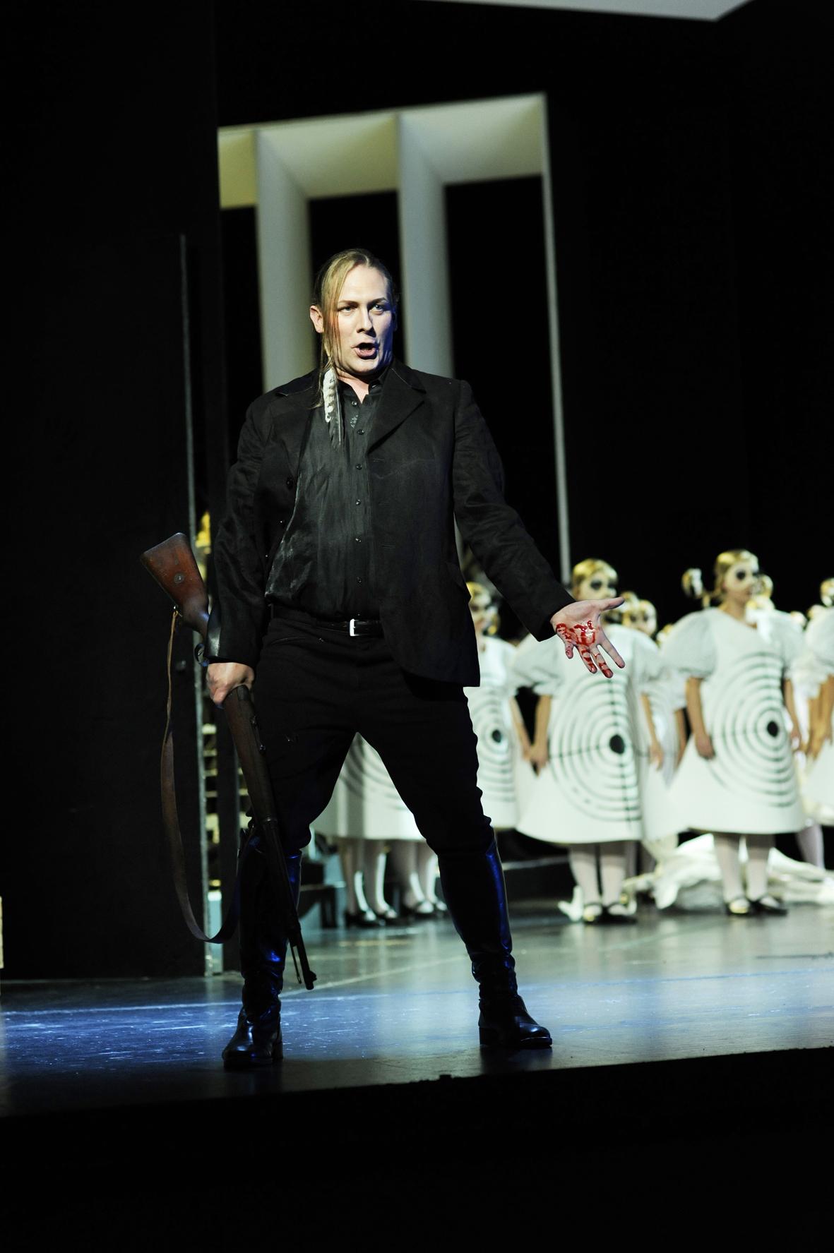 Derrick Ballard - Kaspar in DER FREISCHÜTZ (Staatstheater am Gärtnerplatz)
