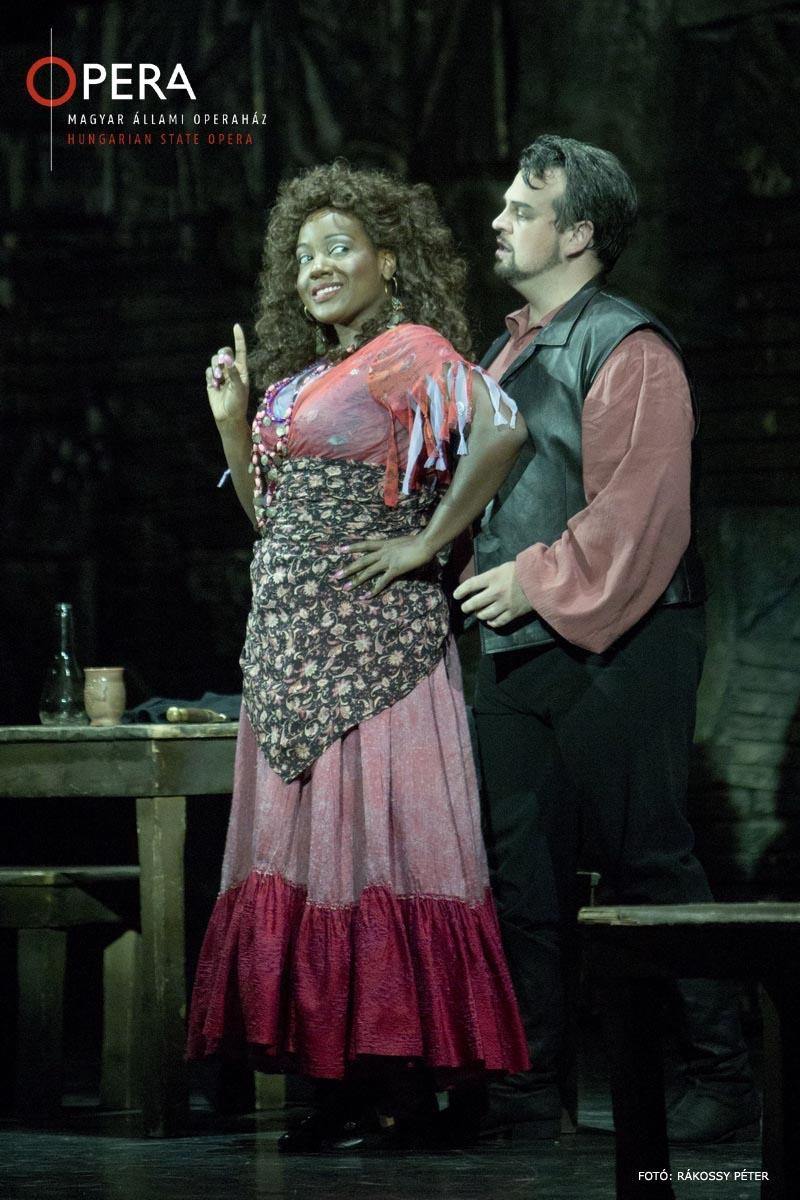 Melody Wilson - Maddalena in RIGOLETTO (State Opera Budapest)